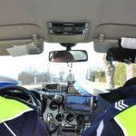 Kierowcy zdejmijcie nogę z gazu. Od dziś więcej policyjnych patroli na drogach