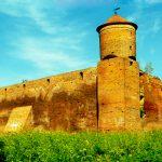 Komornik zlicytuje ruiny zamku gotyckiego w Szymbarku