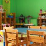 Placówki edukacyjne będą zamknięte od poniedziałku. Do piątku mają jednak zapewnić opiekę dzieciom