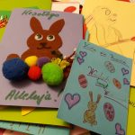 Uczniowie szkół z Warmii i Mazur pamiętają o rodakach. Setki kartek zostaną wysłane w świat