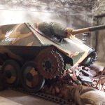 Niemieckie działo pancerne w Wilczym Szańcu. W 1944 roku zdobyli je polscy powstańcy