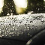 Gwałtowne opady deszczu w Olsztynie. Na ulicach spore utrudnienia