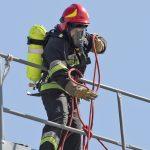 W Kętrzynie wybuchł pożar. Dwie osoby zostały ranne