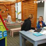 Bajkowóz z książkami u  pacjentów szpitala dziecięcego w Olsztynie