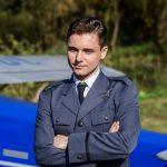 """Aktor """"Dywizjonu 303"""" składa muzyczny hołd polskim lotnikom"""