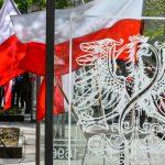 Skromne obchody Święta Narodowego 3 maja w regionie. Jak świętują m.in. w Ełku i Elblągu?