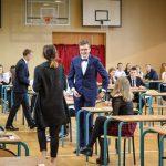 Rozpoczęły się matury. W całym kraju prawie 273 tysiące absolwentów pisało egzamin z języka polskiego