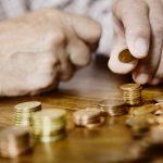 Wypłata 13. emerytury nie jest zagrożona. ZUS: także osoby objęte kwarantanną dostaną pieniądze terminowo