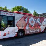 Na ulice Ełku wyjechał patriotyczny autobus komunikacji miejskiej