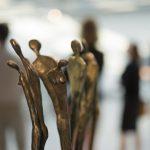 Rzeźby Tomasza Wawryczuka w galerii Stara Kotłownia