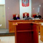 Przed Sądem Okręgowym w Olsztynie po raz kolejny ruszył proces byłego komornika z Działdowa. Wyrok na początku lipca