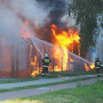 Strażacy opanowali pożar marketu w centrum Działdowa