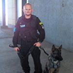 Iławski policjant i jego pies wśród odznaczonych za specjalne zasługi