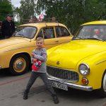 Warszawy, syreny i maluchy przejechały ulicami Olsztyna