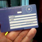 Coraz więcej osób zgłasza się po Europejską Kartę Ubezpieczenia Zdrowotnego
