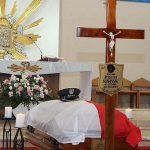 Minister obrony narodowej pośmiertnie odznaczył pilota, który zginął w katastrofie pod Pasłękiem