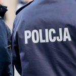 Pijany spowodował wypadek, a następnie uciekł. Prokuratura postawiła zarzuty policjantowi z Iławy