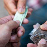 Za dopalacze kara jak za narkotyki. Od dziś obowiązują nowe przepisy