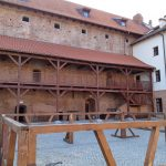 """Zamieszanie wokół rewitalizacji zamku w Działdowie. """"Część rozwiązań technicznych wprowadzono inaczej, niż zakładał projekt""""."""
