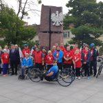 W dwa dni pokonają 260 km rowerem, aby dotrzeć do grobu błogosławionego ks. Jerzego Popiełuszki