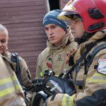 Strażacy z całego kraju poznawali nowe techniki w walce z ogniem. Szkolenie prowadzili eksperci z USA i Holandii