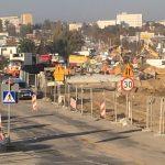 Awaria gazociągu na ul. Towarowej w Olsztynie. Służby zapewniają: korki niedługo się rozładują