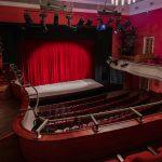 Nowi reżyserzy i 11 premier. Dyrektor Teatru Jaracza w Olsztynie chce zintegrować skonfliktowany zespół