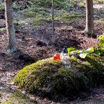 """Miłośnicy regionu zachęcają do odwiedzenia mazurskich grobów. """"Ta ziemia była ich małą ojczyzną"""""""