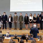 Najlepsi z najlepszych odebrali stypendia Prezesa Rady Ministrów. Do Olsztyna przyjechali uczniowie z całego regionu