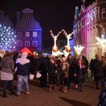 W Olsztynie można już poczuć magię świąt Bożego Narodzenia. Na Starym Mieście rozpoczął się Warmiński Jarmark Świąteczny