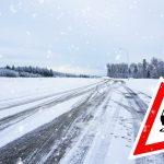 Trudne warunki drogowe na Mazurach. Miejscami może być ślisko