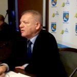 Po kilku głosowaniach radnym Ełku udało się wybrać przewodniczącego rady miasta