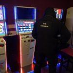 Nielegalny hazard w Mrągowie i Szczytnie. Kilkanaście automatów do gier zabezpieczono