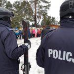 """""""Kręci mnie bezpieczeństwo"""". W Mrągowie policjanci uczyli dzieci i młodzież bezpieczeństwa podczas ferii"""
