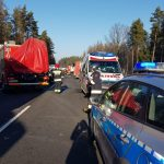 Trzech mężczyzn zginęło w wypadku na drodze krajowej 51. W wyniku zderzenia ucierpiało 11 dzieci