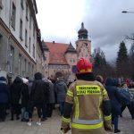 Fałszywe alarmy bombowe w magistratach w Olsztynie i Elblągu. Policja szuka żartownisiów