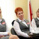 """""""Wykazały się czujnością i wyjątkową empatią"""". Dzięki pracownicom poczty seniorka z Olsztyna nie straciła oszczędności życia"""