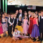 Mariusz Krupiński – tanecznym krokiem na ludowo