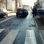 Groźny wypadek w Kętrzynie. 18-latka została potrącona na przejściu dla pieszych