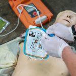 Tajemnicze zniknięcie defibrylatora. Policja złapała złodzieja, a urządzenia dalej brak