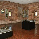 Historyczne eksponaty, kolekcja numizmatów i cenne starodruki. Muzeum Mikołaja Kopernika świętuje 70-lecie funkcjonowania