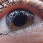 Nie boli, ale kradnie wzrok. W Polsce może na nią cierpieć prawie 800 tysięcy osób