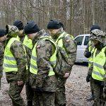 Leśnicy i żołnierze nie znaleźli zakażonych dzików w okolicach Elbląga. Zagrożenie jednak nie minęło