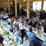 """Wielkanocne śniadanie dla samotnych w Olsztynie. """"Chcemy, żeby każdy z gości czuł się wyjątkowo"""""""