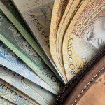 Więcej przedsiębiorców skorzysta z pomocy finansowej. Kto może uzyskać zwolnienie ze składek ZUS?