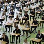 Gimnazjaliści poznali wyniki egzaminów. Rezultaty na Warmii i Mazurach poniżej średniej krajowej