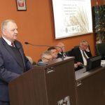"""""""Izby Rolnicze muszą krytycznie patrzeć na działania ministerstwa"""". W Olsztynie rozmawiano ich wpływie na politykę rolną"""