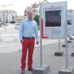 Kontrowersje wokół wystawy w Giżycku. Radny Paweł Andruszkiewicz protestuje