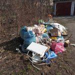 W Elblągu trwa walka z nielegalnymi wysypiskami śmieci. Służby podkreślają: mieszkańcy są czujni i sami zwracają uwagę