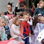 Księżniczki, superbohaterowie i magiczne zwierzęta opanowały Olsztyn. W stolicy Warmii i Mazur rozpoczęły się Światowe Dni Bajki
